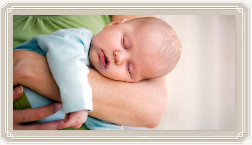 Сколько обычно спят новорожденные дети?