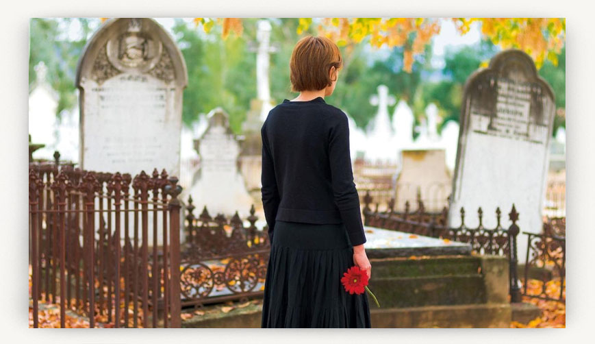 Беременной ходить на кладбище примета