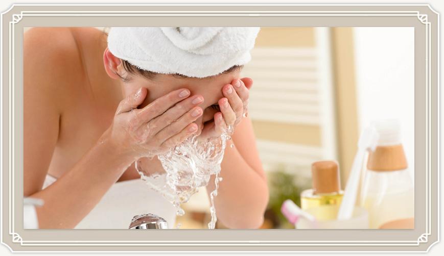 Как сделать супер-эффективную чистку кожи лица в домашних условиях?