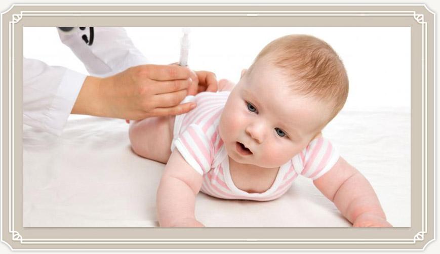 Какие прививки делают детям до года: самая полная таблица