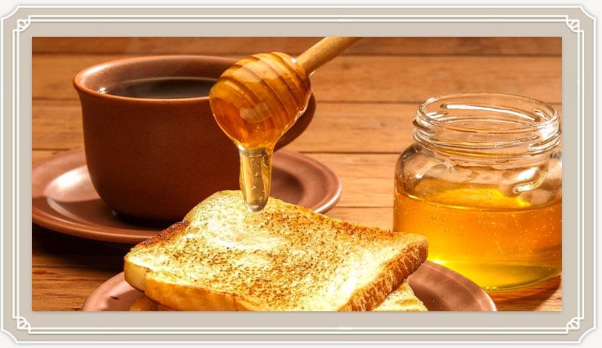 Можно ли мёд при грудном вскармливании и нужно ли?