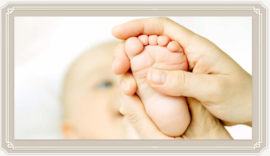 Когда и как нужно делать массаж новорожденному?