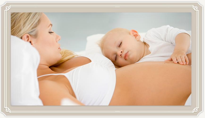 Разрешено ли кормление грудью при беременности, и чем опасно?