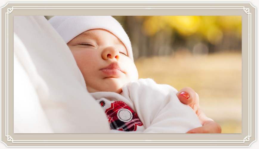 Когда и сколько можно гулять с новорожденным после роддома?
