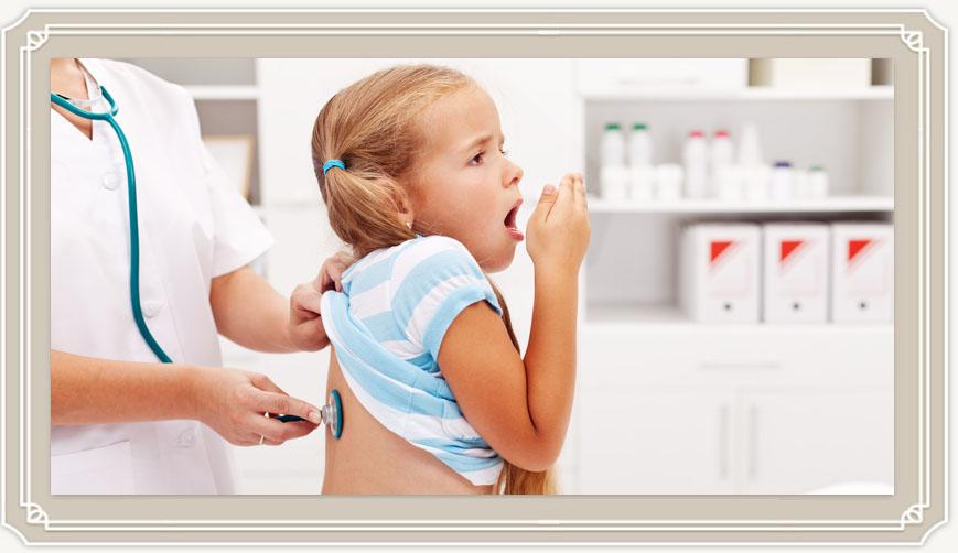Чем лечить влажный и сухой кашель у ребенка без температуры?
